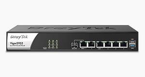 DrayTek Router PoE Switch (Vigor2952)